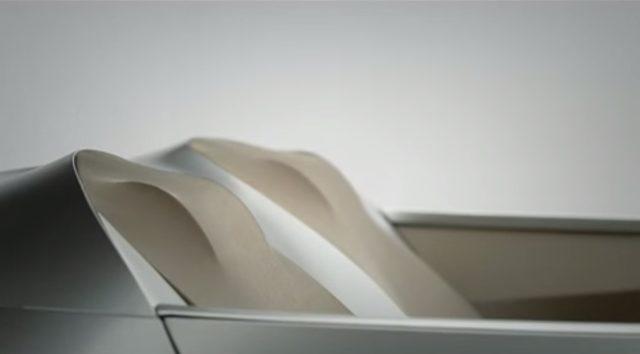 画像3: 布で覆われたBMWのコンセプトカー「GINA(ジーナ)」