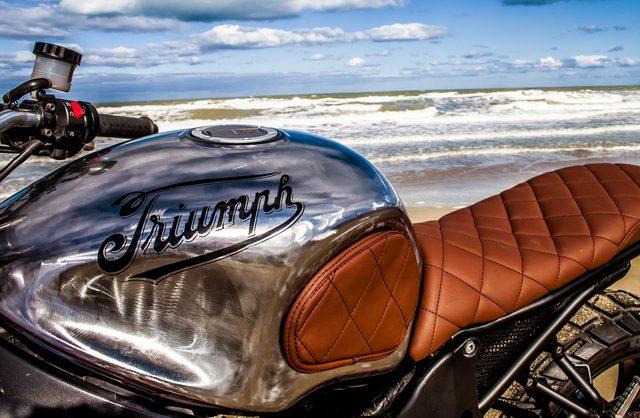 画像: バリ島からやってきたカスタムビルダー Shaka Garageのカスタムが熱くてクール。 - LAWRENCE - Motorcycle x Cars + α = Your Life.