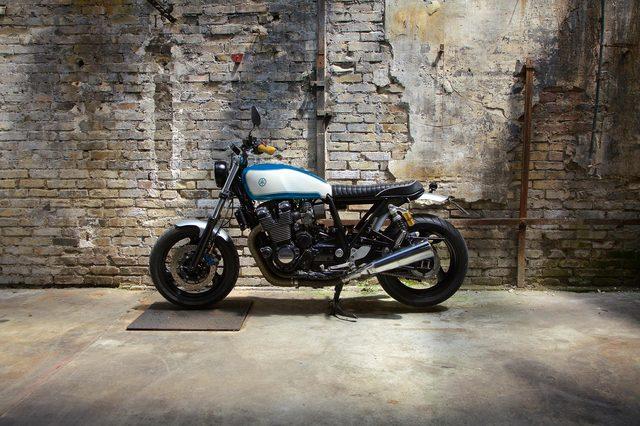 画像: フランスのカスタムビルダーPapillon MotorcyclesがXJRをおしゃれにカスタム - LAWRENCE(ロレンス) - Motorcycle x Cars + α = Your Life.