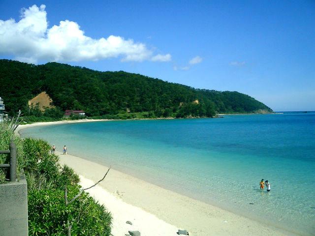 画像: 奄美大島の倉崎海岸 www.ritou.com