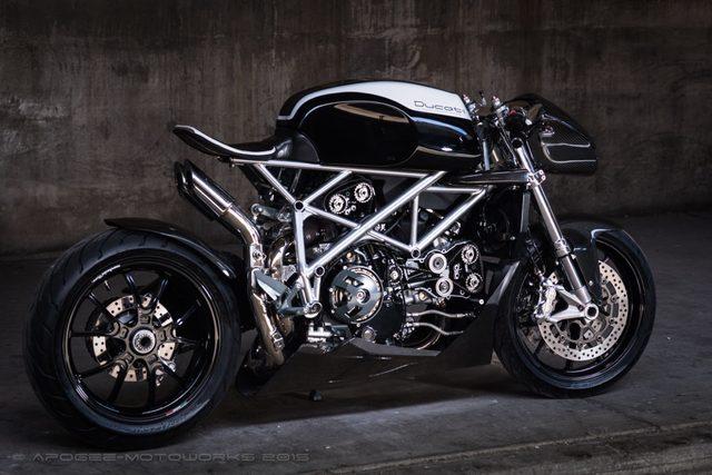 画像: Ducati 848 www.apogeemotorworks.com