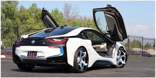 画像: BMW i8 s1.cdn.autoevolution.com