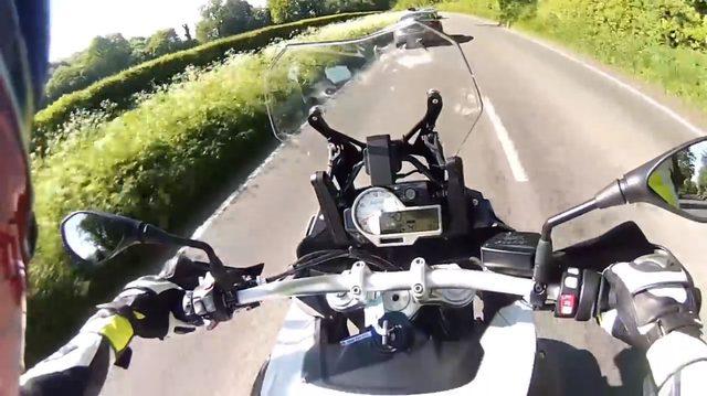 画像2: 思わず雄叫びをあげてしまうらしい、スーパーアドベンチャー「BMW S1000XR」の試乗映像