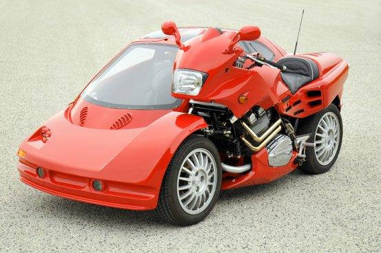スーパーカー風自作サイドカーのクオリティが高すぎる!!けどもはやどっちがサイドカーなのかわかりません!w