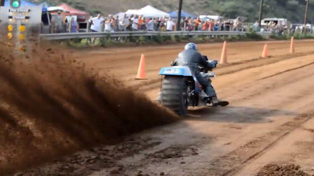 """画像4: ドタバタジャジャ馬、ありそうでなかった「ダート""""ドラッグ""""レース」"""