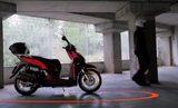 画像: 離れればロックがかかります。 www.youtube.com