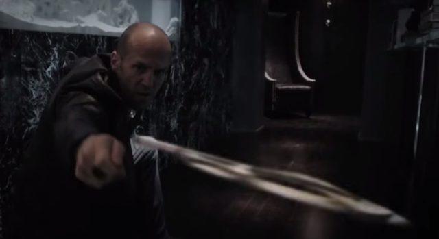 画像: 手裏剣もつかいこなす wildcard-movie.com