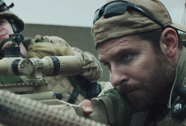 【1/100の映画評】悪魔と恐れられた天才狙撃手のトラウマを描く『アメリカン・スナイパー』