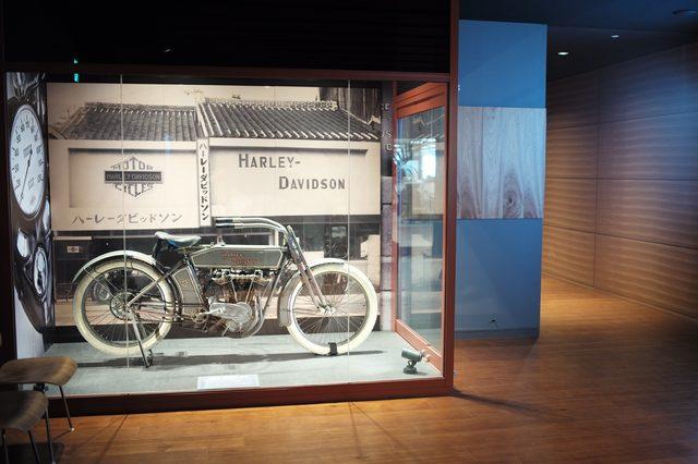 画像: 1913年製 ハーレーダビッドソン Model 9E 空冷4スト1000cc。日本に初めて輸入されたハーレー。