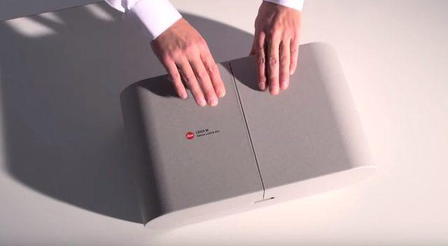 画像: 重厚な箱を開くと www.youtube.com
