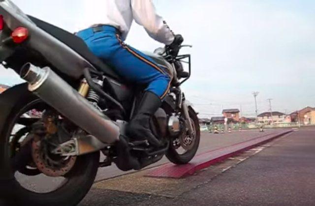 画像: 【ロレンス女子部ライダーへの道】Akiko編 第7回 いよいよウワサの「一本橋」に挑戦! - LAWRENCE(ロレンス) - Motorcycle x Cars + α = Your Life.