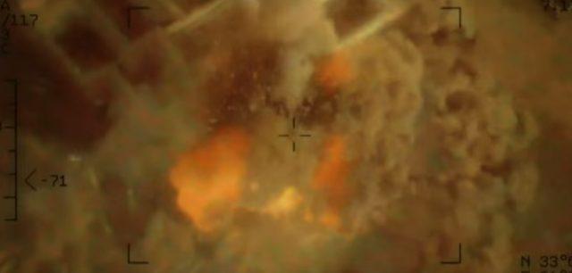 画像: 一瞬で爆撃する www.drone-of-war.com