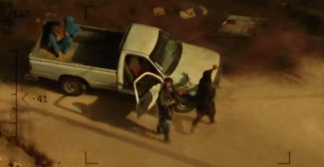 画像: アフガニスタンのテロリストのアジト www.drone-of-war.com