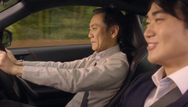 画像: BZRを運転する父とりょうすけ www.youtube.com