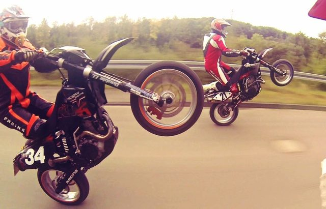 画像: オフロード関連アパレルからの動画が、とびきり明るくてかっこいい。 - LAWRENCE(ロレンス) - Motorcycle x Cars + α = Your Life.