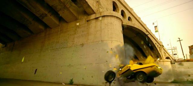 画像: ドライバー不在のチャレンジャー、壁に激突して大破。もったいない‥。