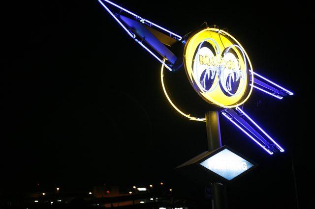 画像: 目的地は ヨコハマの超有名バイカーカフェ MOON Cafe