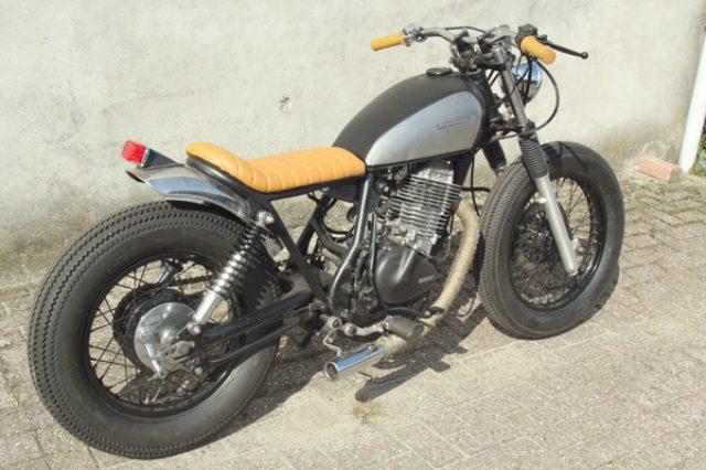 画像: Suzuki GN400。€2590=約41万円だそうです。 www.motogadgets.nl