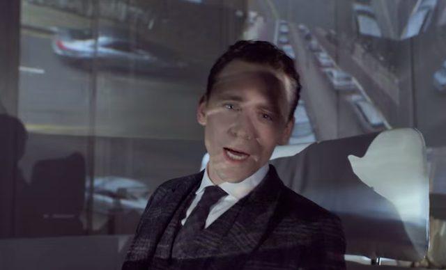 画像: トム・ヒドルストン。「マイティー・ソー」「アベンジャーズ」のロキ役でブレイク www.jaguar.co.jp