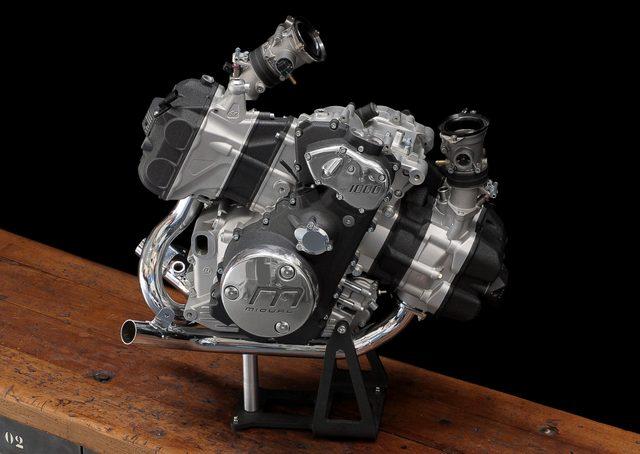 画像: Midual のフラットツインエンジン。1,036 cc。とてもコンパクトでエレガント