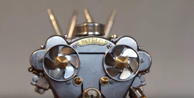 画像: 10円玉を乗せても乱れないミニエンジンの動きが超繊細!部屋に飾りたーい!