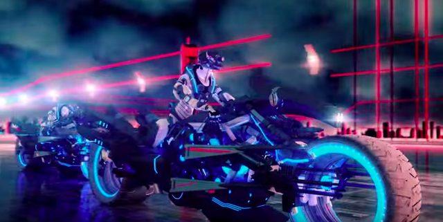 画像2: ロックバンドグループSPYAIRの「ROCKIN'OUT」のミュージックビデオに近未来バイクが登場!