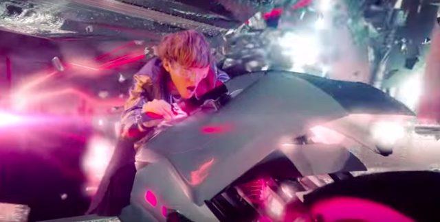 画像1: ロックバンドグループSPYAIRの「ROCKIN'OUT」のミュージックビデオに近未来バイクが登場!
