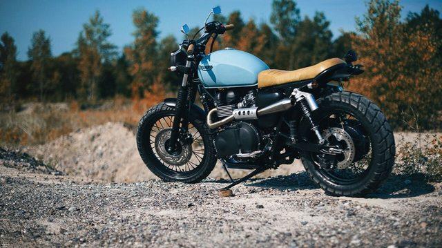 画像: タイヤの選び方もセンスですね。 www.clockworkmotorcycles.com
