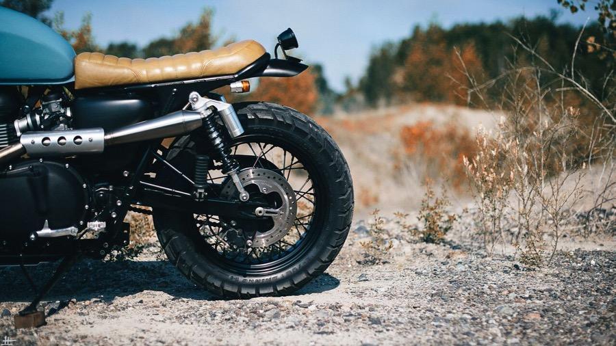 画像: シートの造形も美しい www.clockworkmotorcycles.com