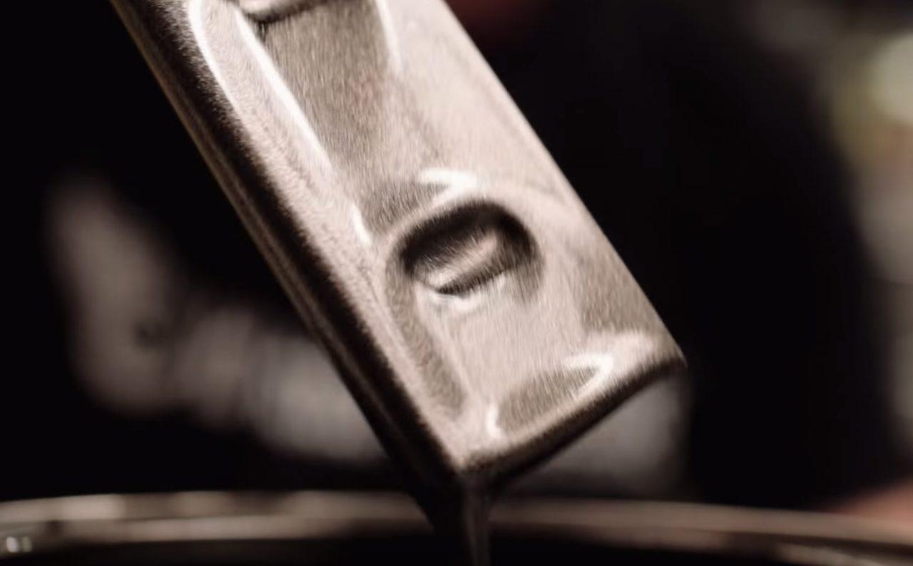 画像: 素材との絡み具合をチェック www.youtube.com