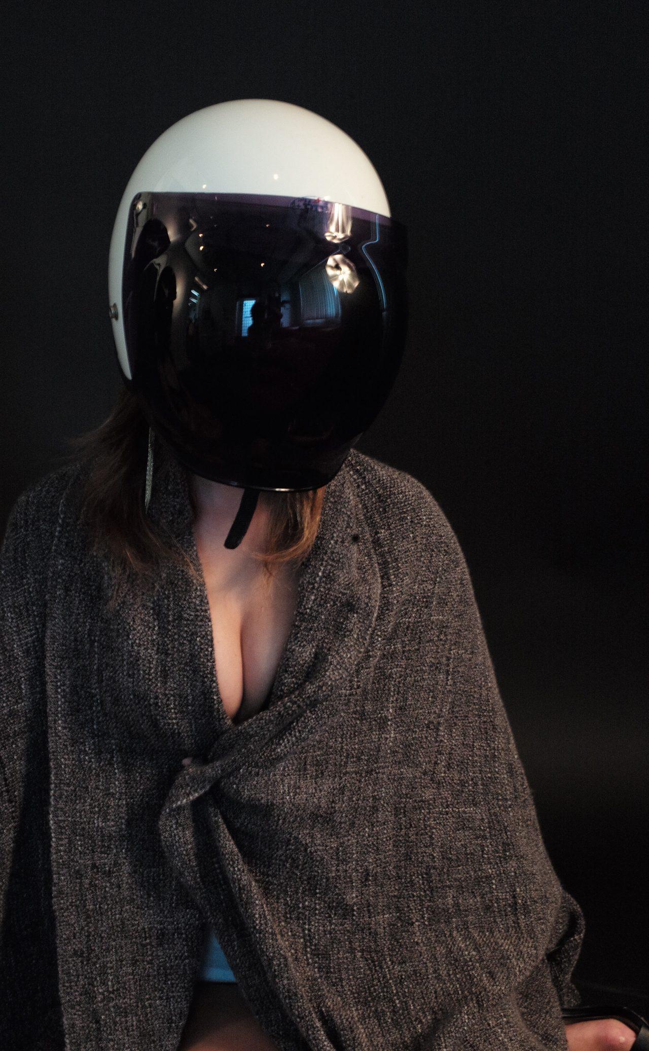 画像5: 今日は特別二本立て・グラビア【ヘルメット女子】SEASON-X 002