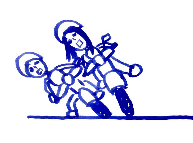 画像: 第1位:停止する時バランスを崩してバイクごと先生を下敷きに