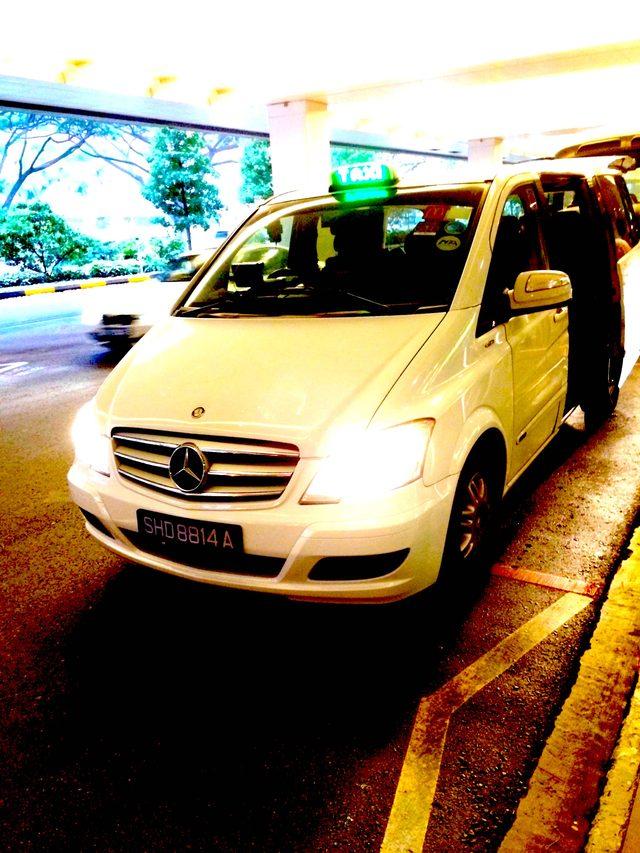 画像: ベンツのタクシー
