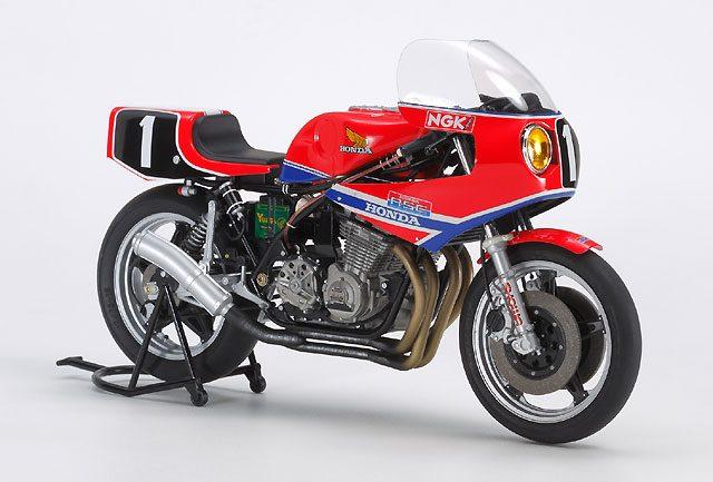 画像: タミヤが12分の1「Honda RS1000 1981 #1」完成モデル発売