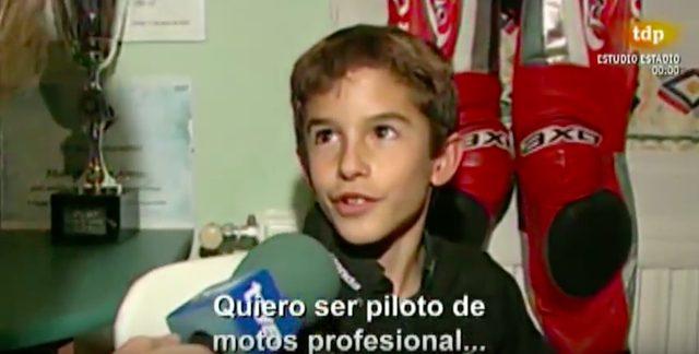 画像: スペイン語はわかりませんが、プロのモーターサイクルレーサーになりたいんだ・・・的なことを言っていることくらいはわかります? www.youtube.com