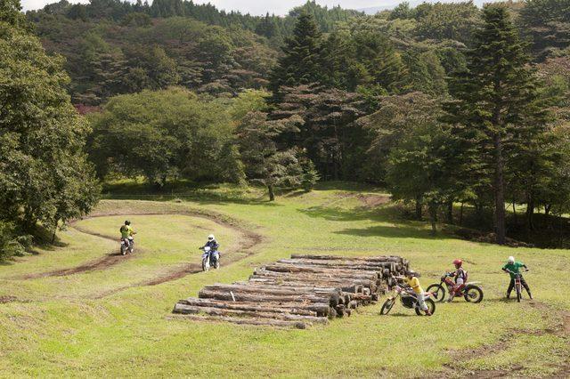 画像: 富士山を望む絶景のカフェとオフロードトレッキングが楽しめる「イーハトーブの森」 - LAWRENCE(ロレンス) - Motorcycle x Cars + α = Your Life.