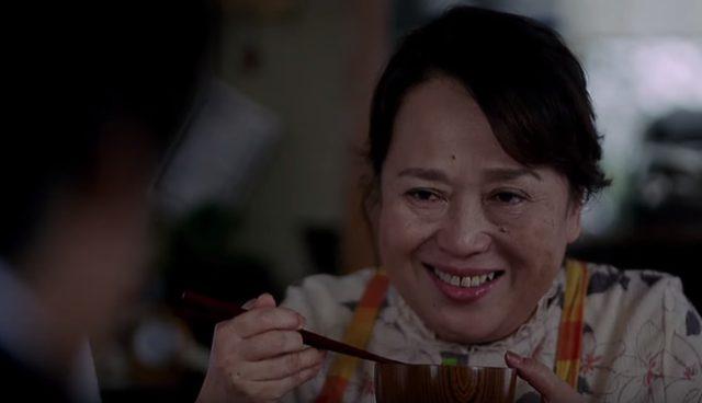 画像: 味噌汁を褒めると、とっても嬉しそうな顔をする。