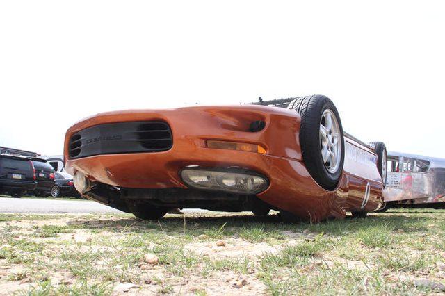 画像: 大丈夫!??大人気の24時間耐久レースに出場た車が大クラッシュで横転!!!? - LAWRENCE(ロレンス) - Motorcycle x Cars + α = Your Life.