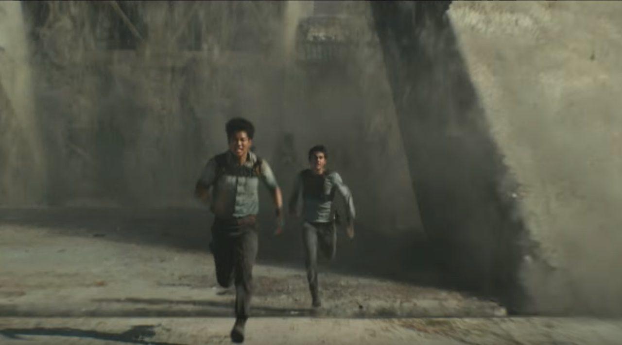 画像: 迷路には多くの罠と危険が。果たして脱出は可能なのか? www.youtube.com