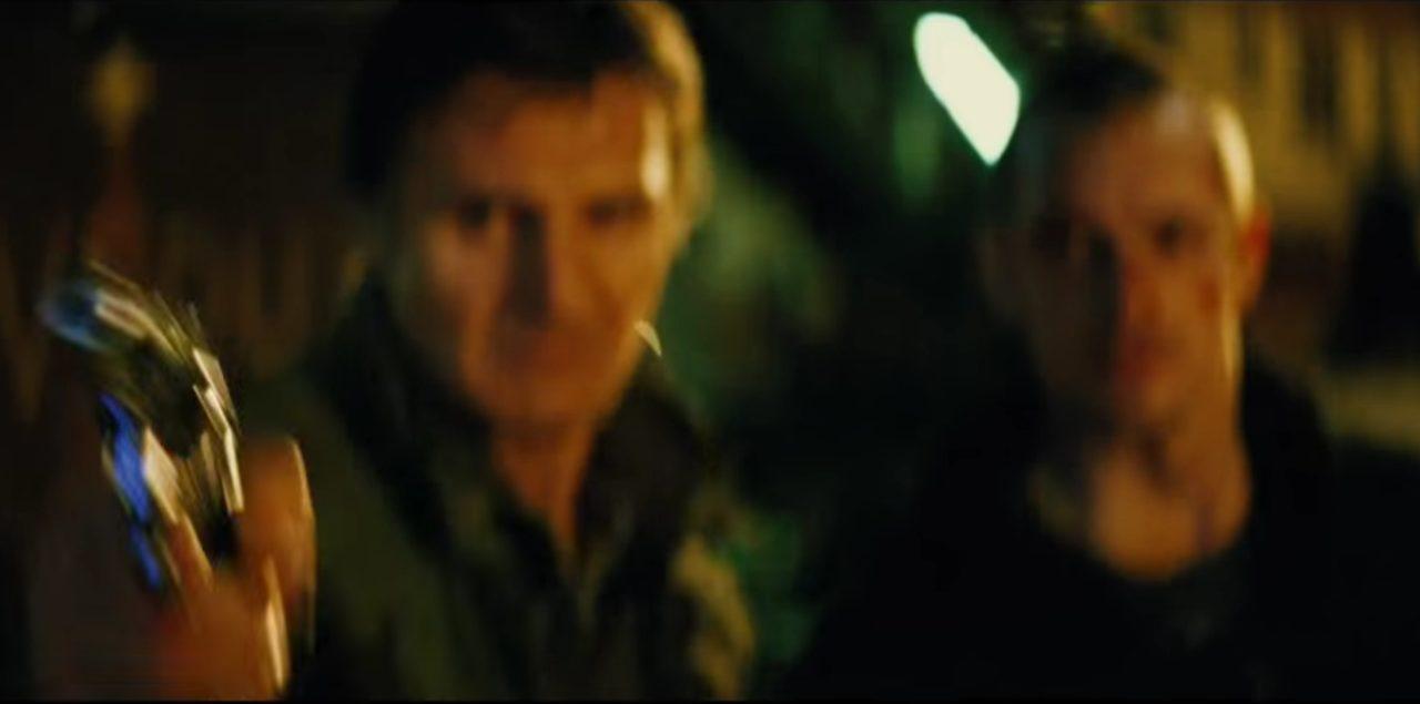 画像: 二人の逃亡劇が始まった。 www.youtube.com
