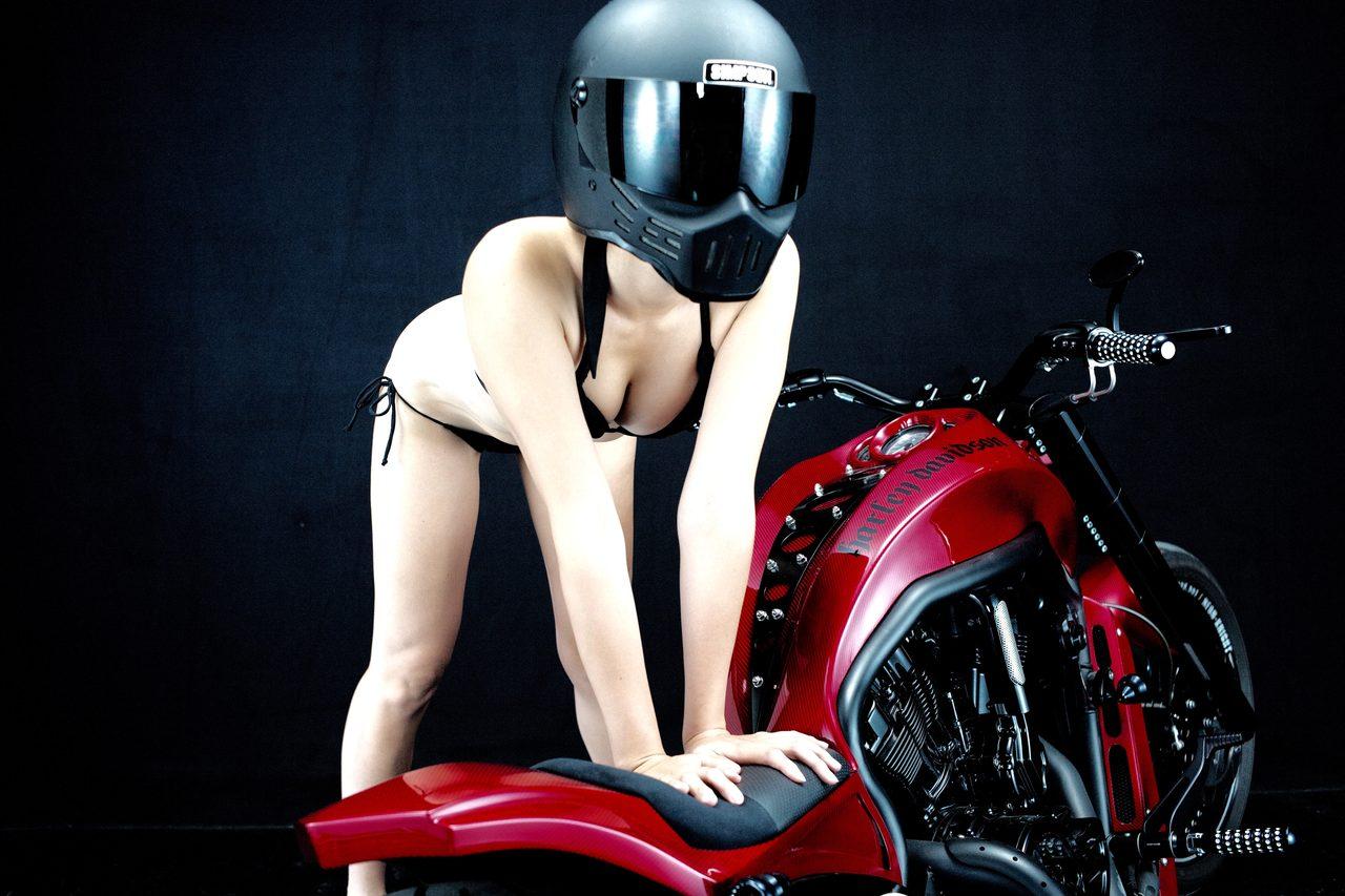 画像2: グラビア【ヘルメット女子】SEASON-XII 002 feat.BADLAND