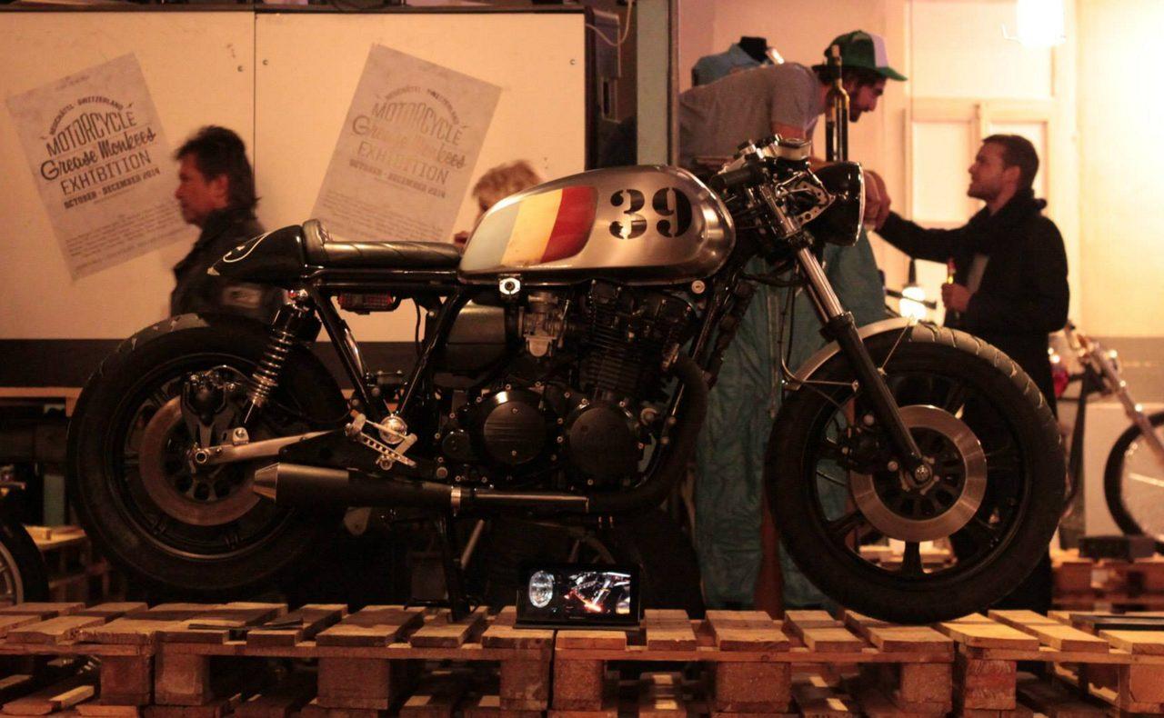 画像: YAMAHA XV1100 www.frenchmonkeys.com
