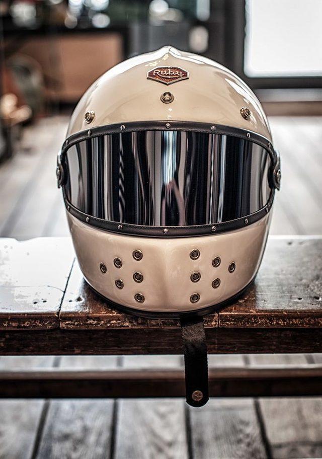 画像: イタリアのカスタムビルダー Motorecyclosの渋さに酔え。 - LAWRENCE - Motorcycle x Cars + α = Your Life.