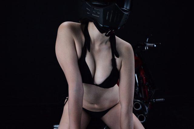 画像2: 朝のグラビア【ヘルメット女子】SEASON-XII 009 feat. BADLAND
