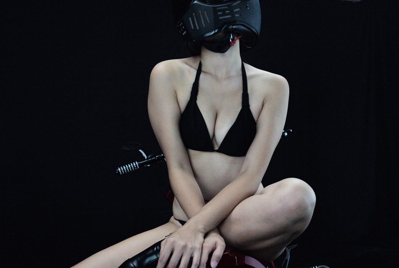 画像1: グラビア【ヘルメット女子】SEASON-XII 014 feat. BADLAND