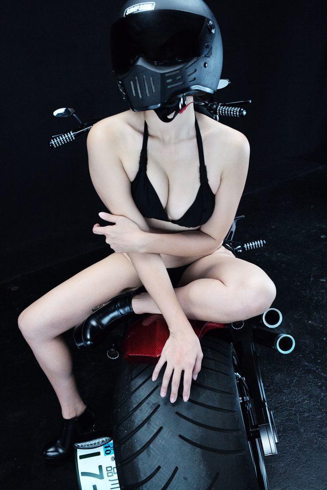 画像2: グラビア【ヘルメット女子】SEASON-XII 014 feat. BADLAND