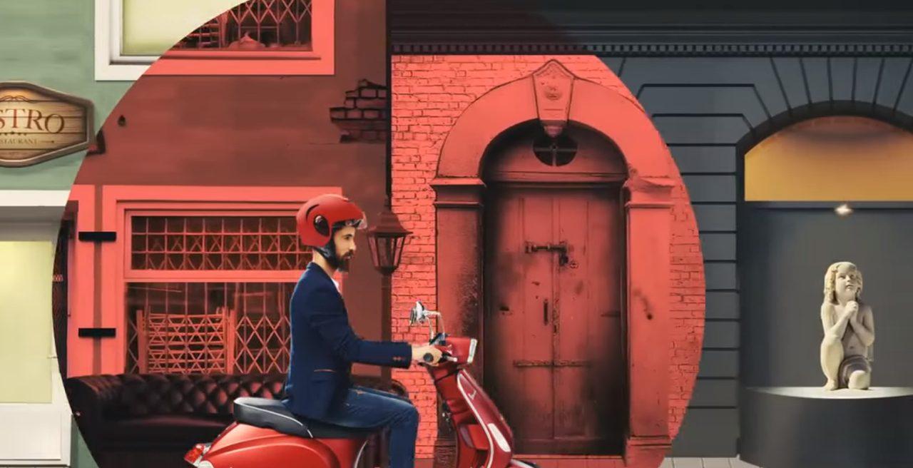 画像: 走る彼の周りに特別な空間が。祈りを捧げる幼女像に近づくと・・・ www.youtube.com