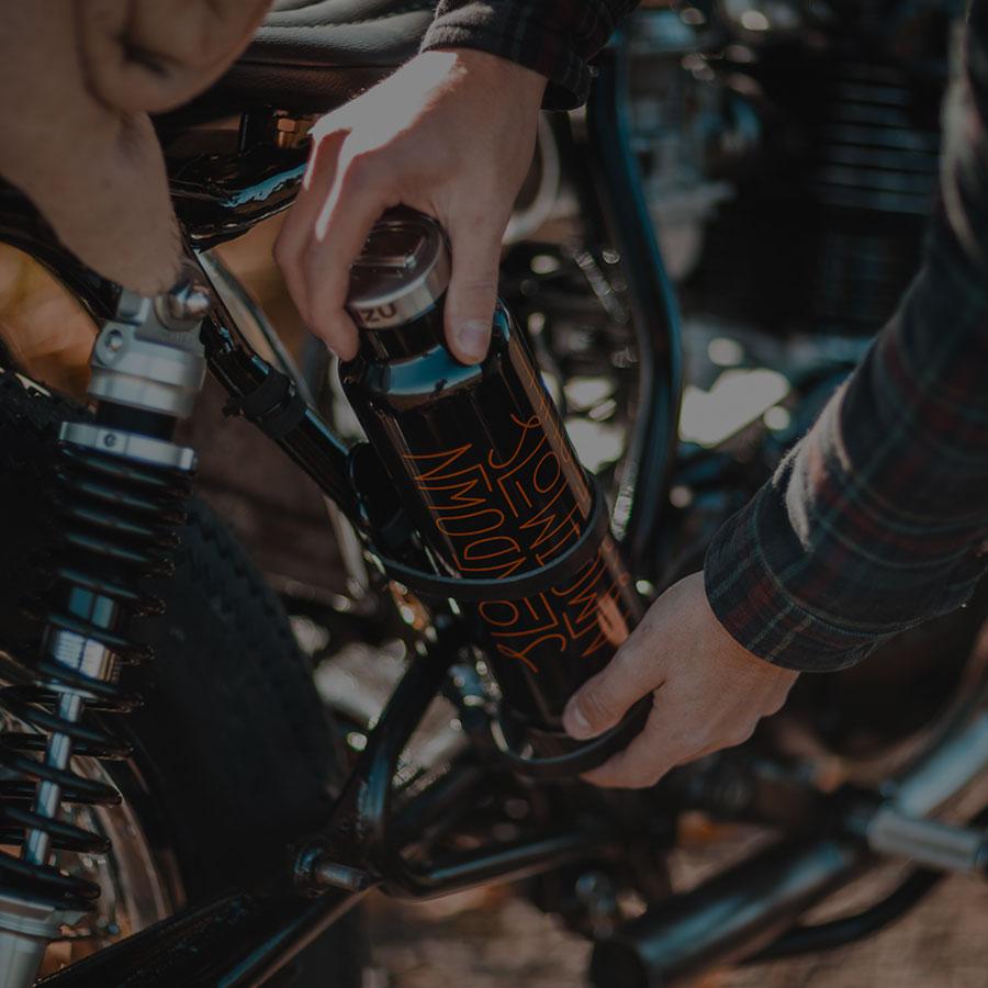 画像: Hookie Co. – Garage & Store for Motorcycle Lifestyle