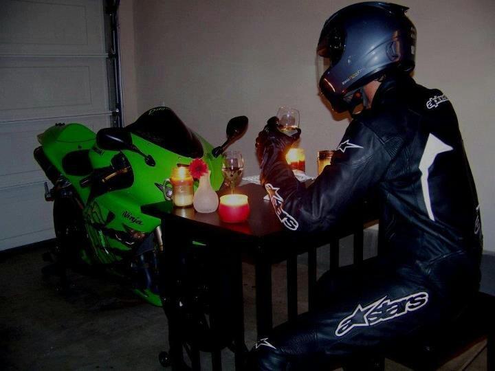 画像: 今夜は緑色の大親友と飲み明かすか…。 s-media-cache-ak0.pinimg.com
