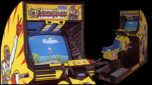 画像: 「HANG-ON」に比べると知名度は低いですが、セガの体感ゲームにはオフロード版もありました。1986年登場の「ENDURO RACER」(エンデューロレーサー)です。こちらの筐体色は、スズキ・オフロードのイメージカラー、サイエンス・イエローですね。 www.g4techtv.ca